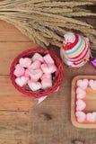 Bonbon rose à guimauve de coeur pour le jour de valentine Photographie stock