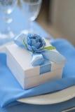 Bonbonniere糖果箱子 婚礼桌布 库存图片