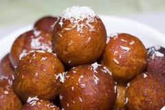 Bonbons à boules de fromage - dessert indien Photos stock