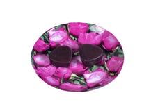 Bonbons au chocolat sous forme de coeur - un cadeau au sien aimé le jour du ` s de Valentine Image libre de droits