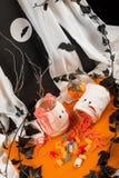 Bonbons caoutchouteux à Halloween images stock