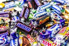 Bonbons colorés à marque populaire Photos stock
