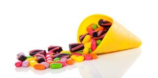 Bonbons colorés mélangés à sucrerie Photographie stock