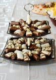 Bonbons doux dans un plateau Image stock