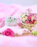 Bonbons et ours de bougie Pour le Saint Valentin d'amour Image libre de droits