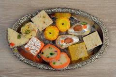 Bonbons indiens pour célébrer chaque moment joyeux image libre de droits