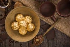Bonbons italiens à chocolat avec la décoration Images libres de droits