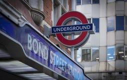 Bond Street, Londres, Reino Unido, o 7 de fevereiro de 2019, sinal subterrâneo de Londres para o Bond Street foto de stock