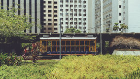 Bonde amarelo do turista em Rio de janeiro Fotos de Stock