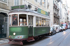 Bonde verde em Lisboa (Portugal) Imagem de Stock