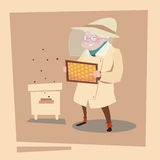 BondeSenior Woman Gather Honey From Bee Hive Apiary lantgård vektor illustrationer