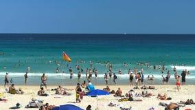 Bondi strand i Sydney stock video