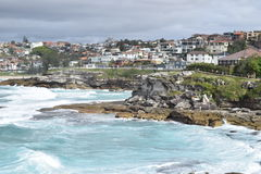 Bondi till kust- Bronte går - Sydney Royaltyfria Bilder