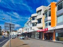 Bondistrand Main Street, Sydney, Australië stock afbeelding