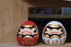 boneca de madeira japão fotos de stock royalty free