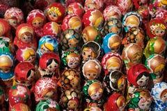 Bonecas da lembrança do russo, coleção da boneca de Matryoshka - Imagem de Stock Royalty Free