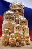 Bonecas de Matryoshka - bonecas do assentamento do russo Imagem de Stock Royalty Free