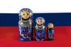 Bonecas do assentamento de Matryoshka do russo Imagens de Stock Royalty Free