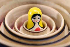 bonecas do assentamento do russo do matryoshka imagem de stock