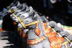 Bonecas do cavalo para ofertas à coisa santamente fotografia de stock royalty free