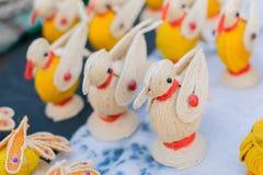 Bonecas do pássaro, trabalho de arte, artesanatos indianos justos em Kolkata Foto de Stock