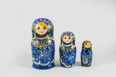 Bonecas pintados à mão de Matryoshka do russo tradicional Imagens de Stock