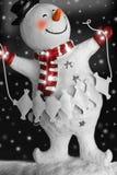 Boneco de neve de sorriso com neve Foto de Stock Royalty Free