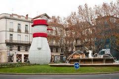 Boneco de neve grande no lugar com fonte Imagens de Stock