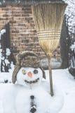 Boneco de neve na jarda Fotografia de Stock Royalty Free