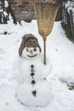 Boneco de neve na jarda Fotos de Stock