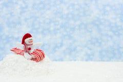 Boneco de neve que tem o divertimento Fotos de Stock Royalty Free