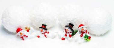 Bonecos de neve e bolas de neve Fotos de Stock Royalty Free