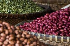 Bonen en linzen op markt in Hanoi, Vietnam Royalty-vrije Stock Afbeeldingen