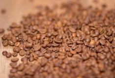 Bonen van Rosted omhoog sluiten de bruine cofee, achtergrond, Stock Fotografie