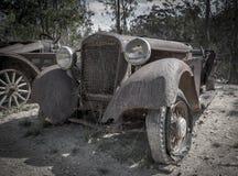 Boneyard för bil för Abandond minstad Arkivbild