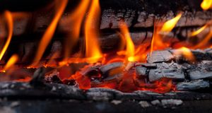 Bonfire close-up view Royalty Free Stock Photography