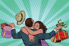 Bonheur de couples d'afro-américain des cadeaux et des achats Photographie stock libre de droits