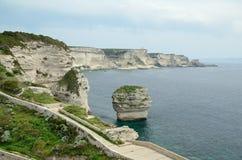 在Bonifacio附近的海岸 免版税库存照片