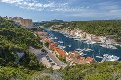 Bonifacio Harbor e citadela Foto de Stock Royalty Free