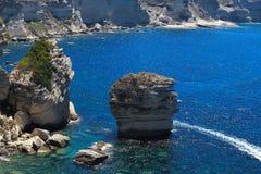 Bonifacio, steile rots en korrel van zand Stock Foto