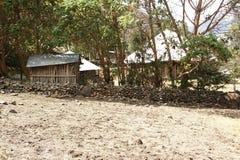 Boning av infödingar nära det Ambikwa lägret, Simien berg royaltyfria foton