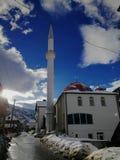 Bonita vista de la mezquita en mi pueblo fotos de archivo