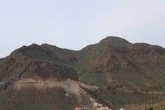 Bonita vista de la montaña rocosa fotos de archivo