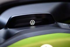 Bonito como um erro: Volkswagen mim d Conceito com erros imagens de stock royalty free
