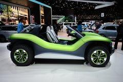Bonito como um erro: Volkswagen mim d Conceito com erros fotos de stock royalty free