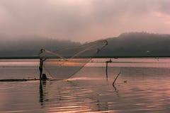Bonito da represa da água de JOMBOR em horas douradas Foto de Stock Royalty Free