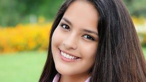 Bonito femenino adolescente hermoso Imágenes de archivo libres de regalías
