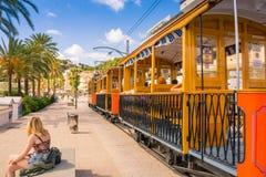 Bonito Porto de Soller em Mallorca imagem de stock