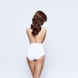 Bonito, 'sexy', moça que levanta em topless isolado no branco imagem de stock royalty free
