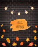 Bonjour course de brosse d'automne Illustration de vecteur Fond de mur de briques Lames en baisse guirlande Tiré par la main Photos stock